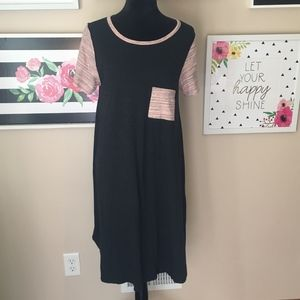 Dark Gray Heathered Carly with light pink sleeves